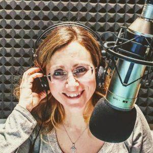 La giornalista Mariangela Musolino nello studio di Umbria Radio