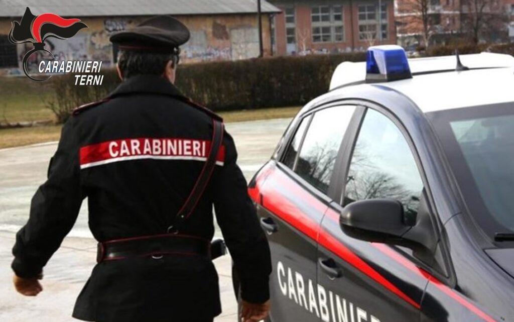 Una pattuglia dei carabinieri di Terni