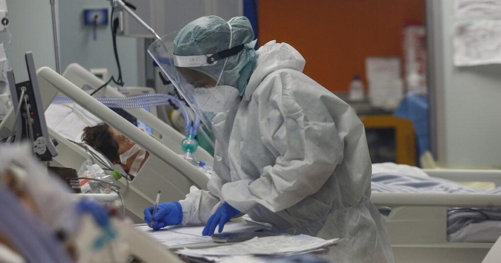 Un paziente ricoverato in un reparto Covid