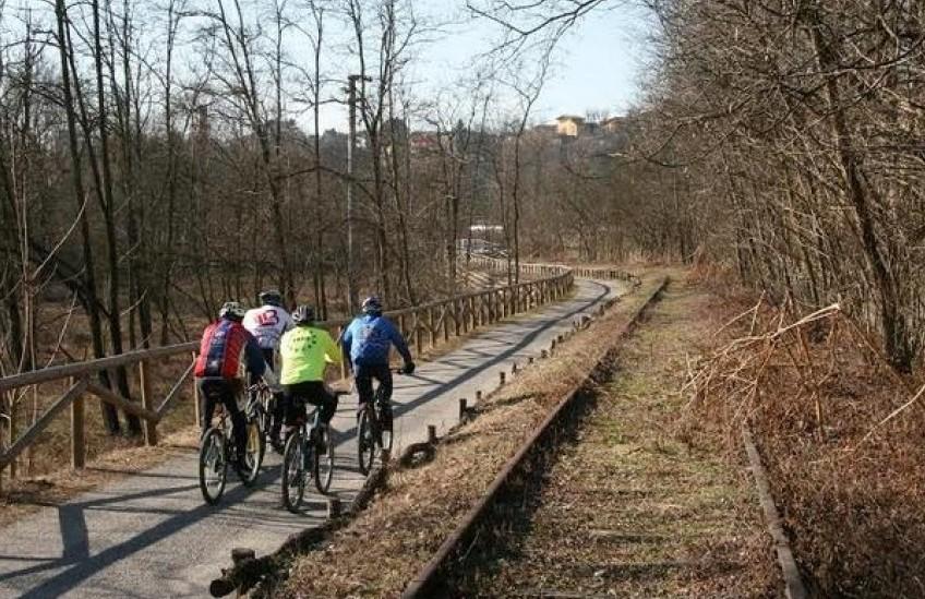 La pista ciclabile sul tracciato della ex ferrovia tra Umbertide e Fossato di Vico