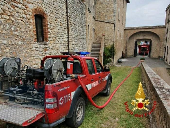 incendio castello di Prodo