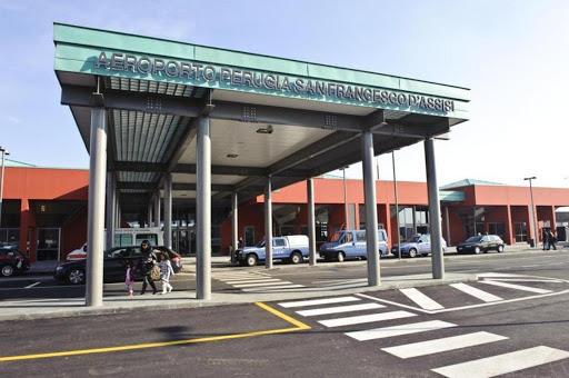 L'ingresso dell'aeroporto