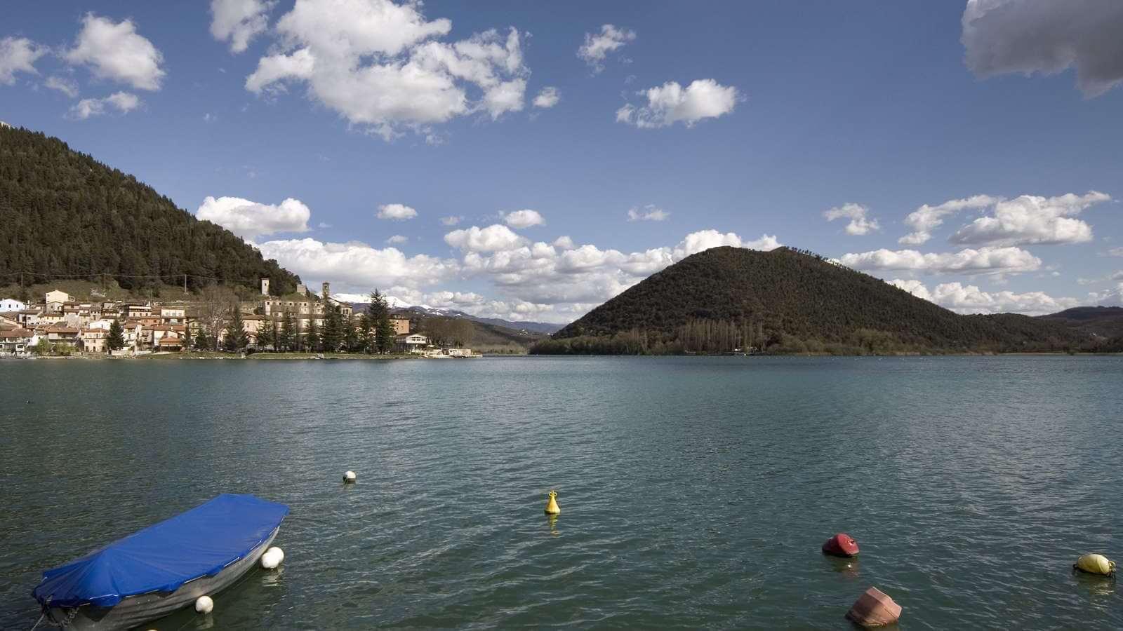 Il lago di Piediluco
