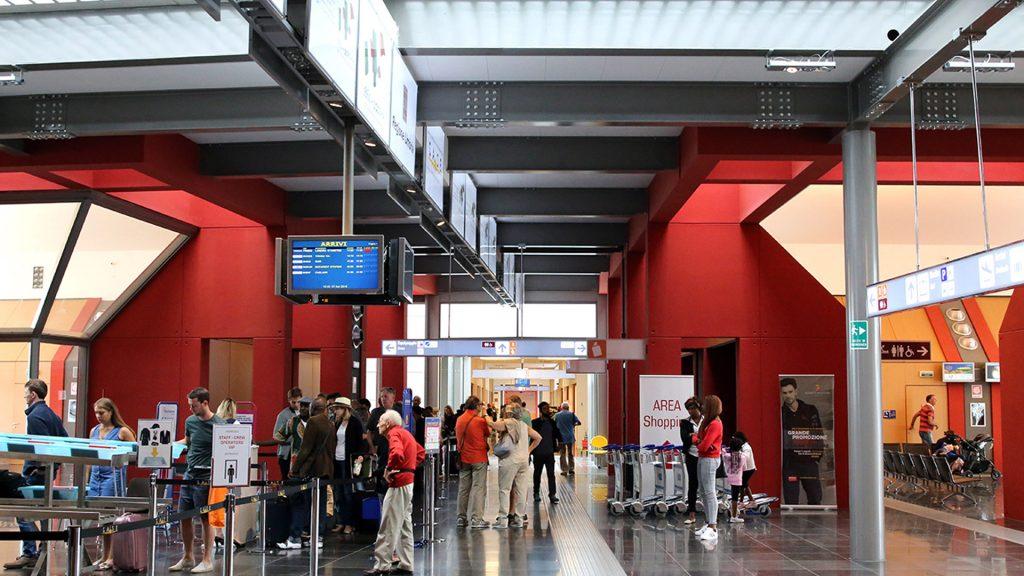 L'interno dell'aeroporto