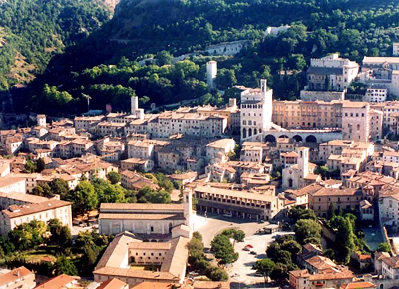 Una panoramica di Gubbio
